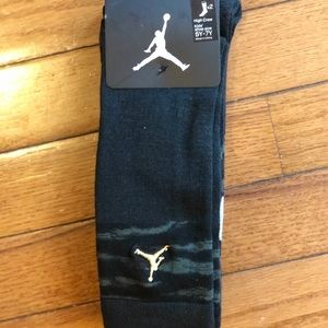 NWT Jordan 2pack High Crew Socks size 5-7Y